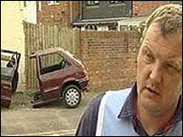 Британец распилил свою машину назло парковщикам