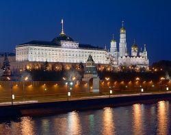 Кремль и Белый дом ждут аппаратные войны