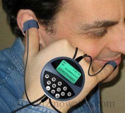 Телефон, интегрированный с телом человека