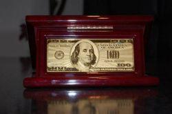 Дефицит бюджета США увеличивается