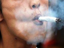 Любители марихуаны рискуют остаться без зубов