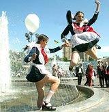 В Бобруйске шьют школьную форму, защищающую от излучения сотовых