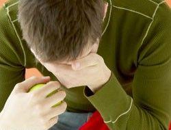 Послеродовая депрессия бывает и у молодых пап