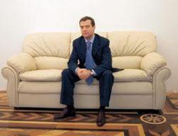 """В каких интерьерах будет жить Дмитрий Медведев. Фотографии замка \""""Майендорф\"""""""