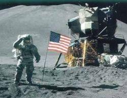 Лунная пыль таит в себе угрозу для человека