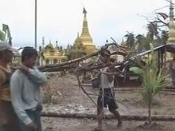 Власти Мьянмы запрещают журналистам писать о последствиях циклона