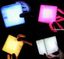 Интерактивный куб, устраивающий световое шоу (видео)