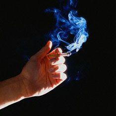 Ученые объяснили связь между курением и раком легких