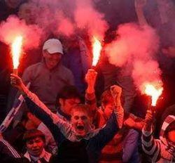 Английских футбольных хулиганов могут не пустить в Москву