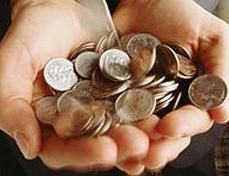 Россияне, ухаживающие за инвалидами, будут получать по 1200 рублей в месяц