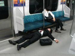 Почему перед работой нужно спать ровно семь часов?