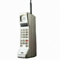 Эволюция мобильных телефонов с 1985 года (видео)