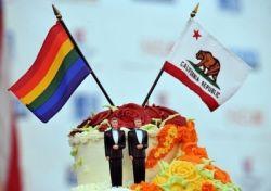 В Калифорнии разрешили однополые браки (фото)