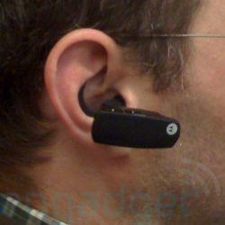Motorola готовит гарнитуру, способную передавать звук через костную ткань