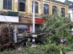 В Мьянме начались проливные дожди, которые еще больше затрудняют помощь населению