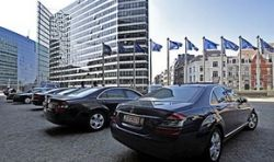 В Европе запретят рекламу автомобилей