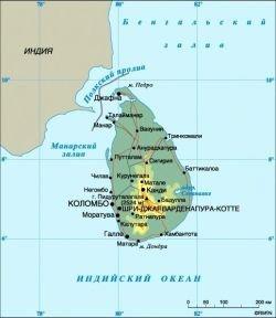 В столице Шри-Ланки смертник взорвал автобус полиции: 10 погибших, 86 раненых