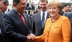 Уго Чавесу пришлось извиниться перед Ангелой Меркель