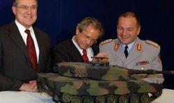 Виновником вновь начавшейся гонки вооружений является США