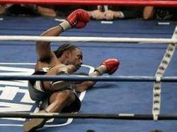 После боя экс-чемпион мира по боксу Крис Берд оказался в больнице