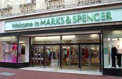 У Marks & Spencer — рекордная прибыль, но затянуть пояса придется