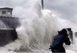 Тропический ураган разрушил тысячи зданий на Филиппинах