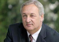 Сергей Багапш везет в Москву договоренности с Грузией об урегулировании конфликта, но сам это опровергает