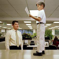 Если начальник существенно моложе. Способы достижения комфортного сосуществования