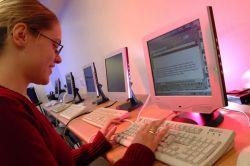 Исследование показало, что интернет не оказывает сильного влияния на решение о покупке товаров