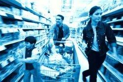 Новое развлечение для похода в супермаркет (видео)