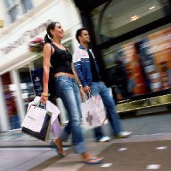 Женщина провела трое суток в круглосуточном магазине, занимаясь шоппингом