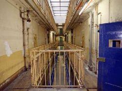 Франции не хватает восьми заключенных до рекорда наполненности тюрем