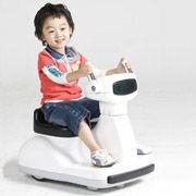 Новый робот возит корейских детей на себе