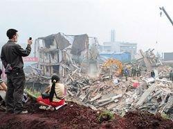 Предупреждение о повторных землетрясениях вызвало панику в провинции Сычуань