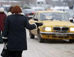 Таксистам запретили слушать шансон под страхом увольнения