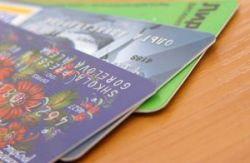 Лишь каждая двенадцатая пластиковая карточка в России — кредитная