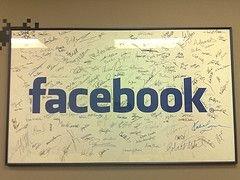 Слухи: Microsoft готовится к покупке Facebook