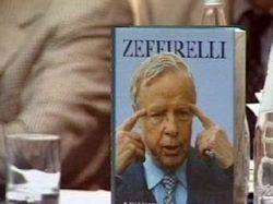 Режиссер Франко Дзеффирелли представил в Москве первое русское издание своей автобиографии