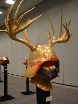 Выставка креативных шлемов Дарта Вейдера (фото)