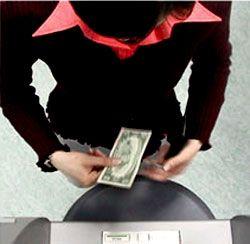 Как виртуальные карманники зарабатывают на банкоматах