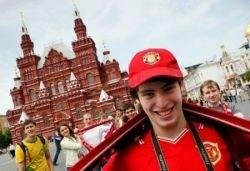 Футбол потеснил Ленина и на Красной площади, и в Лужниках
