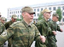 В ряде воинских частей в 2007 году имели место факты утрат и недостач в особо крупных размерах от 2,2 до 10 млн. рублей