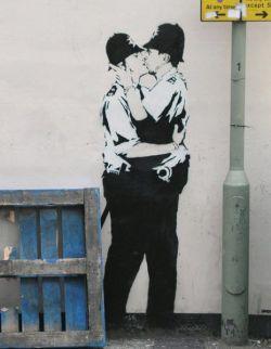 Граффити Роберта Бенкси на улицах Лондона (фото)