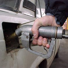 Производство неэкологичного бензина задушат налогами