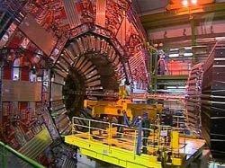 """В институте ядерных исследований в Швейцарии уже готова \""""машина времени\"""""""