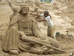 Шоу песчаных фигур в Португалии (фото)
