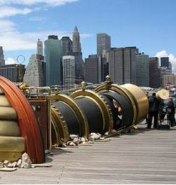 Лондон и Нью-Йорк соединили телектроскопом