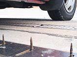 На британских заправках не заплатившим водителям будут прокалывать шины