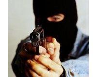 Грабитель обиделся, что ему не дали денег, и застрелился