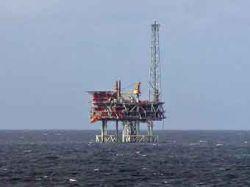 В Северном море с платформы эвакуированы более 150 человек